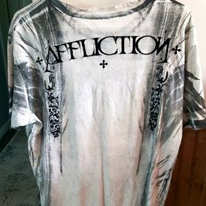 Men's Distressed Affliction Tshirt size L